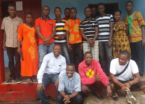 Teachers and lecturers posing after the workshop